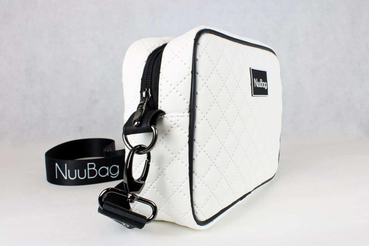 Biała torebka listonoszka. Polska marka NuuBag. Wykonana ręcznie (handmade)