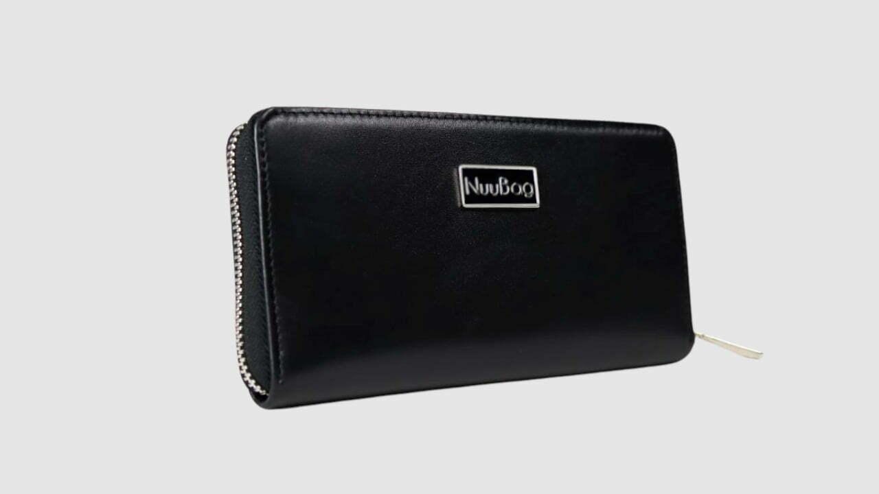 Czarny portfel damski. Skóra naturalna