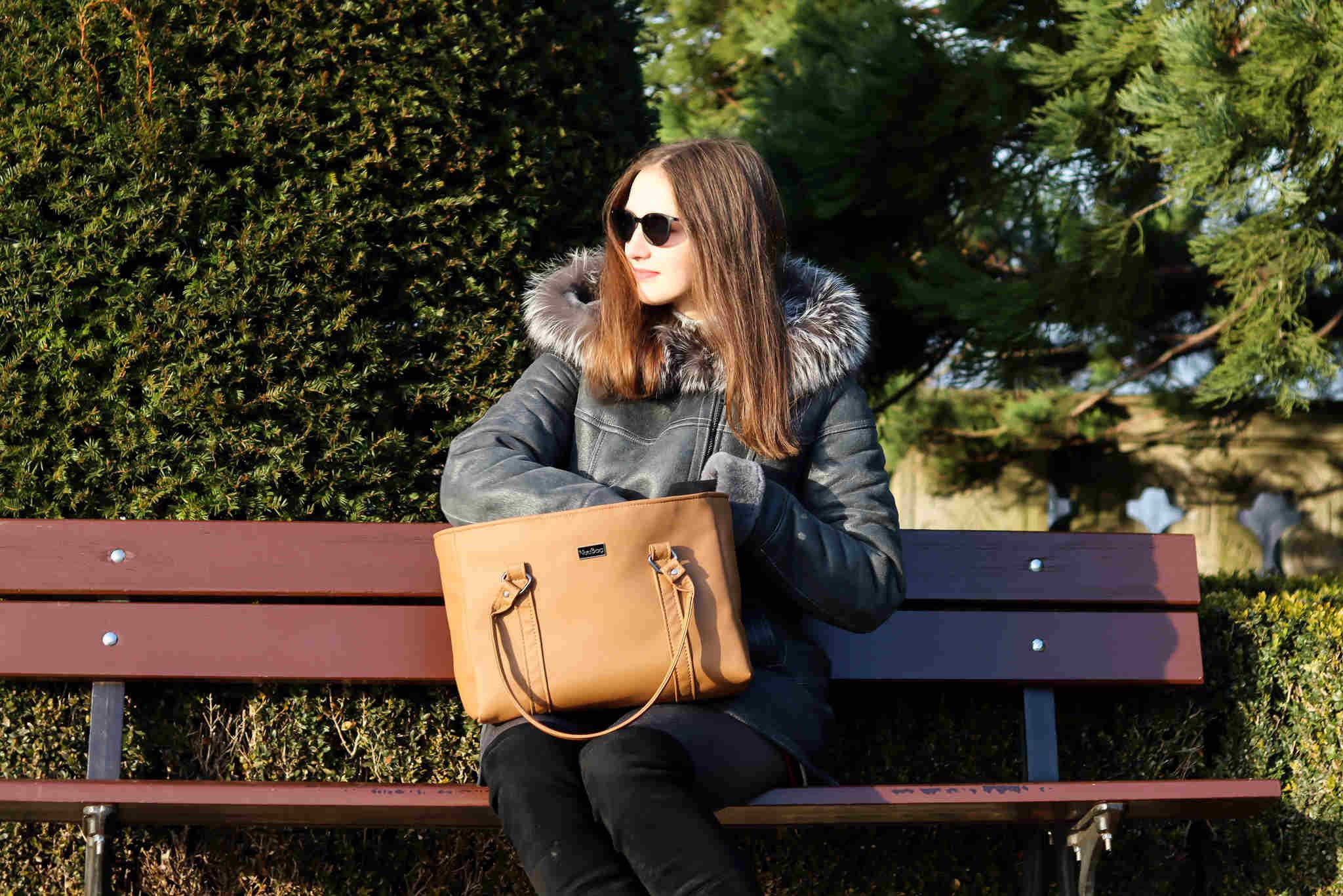 Beżowa torebka damska. Polskie torebki